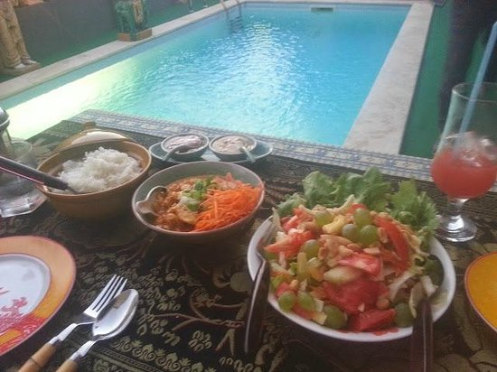 Pearl of Siam: main food
