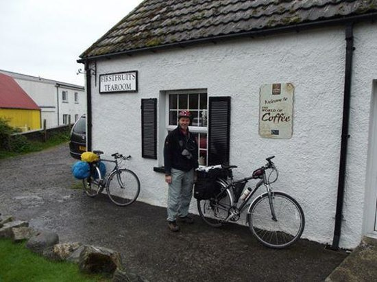 First Fruits Tearoom: Outside the cafe.. full of tea