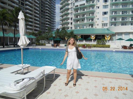 Sea View Hotel : Pileta