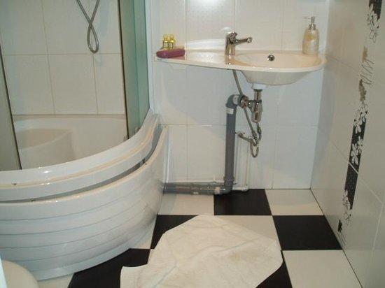 Karetny Dvor : State of the art bathroom