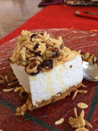 La Cava Baja de la Bahía de San António: Tarta de yogurt con frutos secos y miel