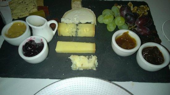 Sabor Brazil: Fantastic cheese board!