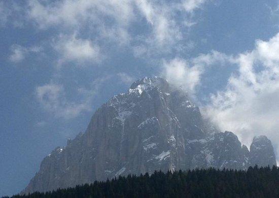 "Mountain Chalet Pra Ronch : The ""house""-mountain - Langkofel ..."