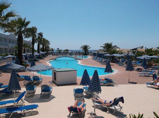 Aquis Sandy Beach Resort: The Pool near the beach.