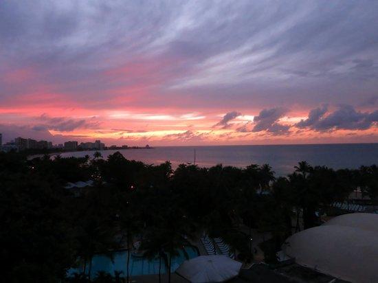 El San Juan Resort & Casino, A Hilton Hotel: Sunset from our room