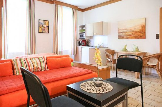 Domizil In Wien: Large comfort apartment