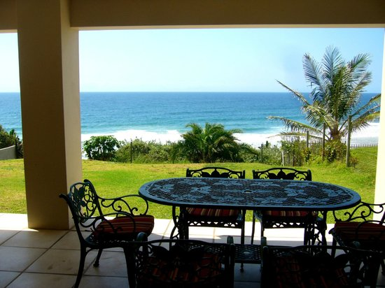 Mermaid's Playground: View from front patio over Indian Ocean