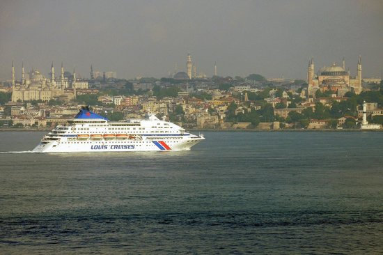 DoubleTree by Hilton Istanbul - Moda : Blick aus dem Zimmer hinüber zur Old Town
