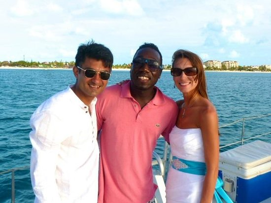 Sun Charters : With the yacht Crew