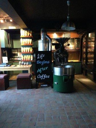 Himalayan Java Coffee: cute sign inside the cafe