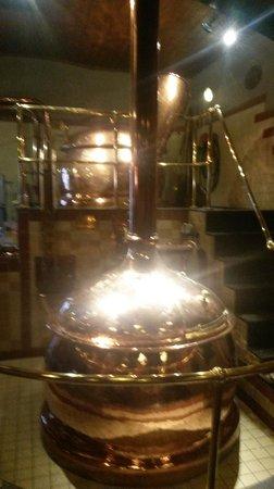 De Bekeerde Suster: The copper kettles