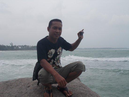 Trikora Beach: background pantai trikora