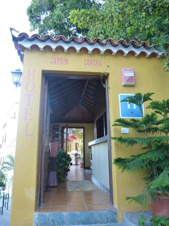 Hotel Jardin Concha: Entrance