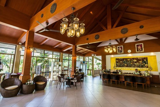 Coco Palm Beach Resort : Lobby