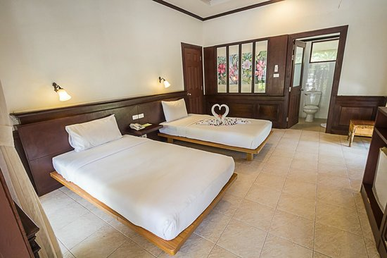 Coco Palm Beach Resort : Superior Bungalow (2 Single Beds)