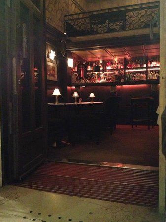The Bistrologist: Cosy inside