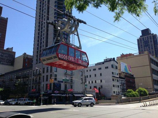 Roosevelt Island Aerial Tram: The Tram