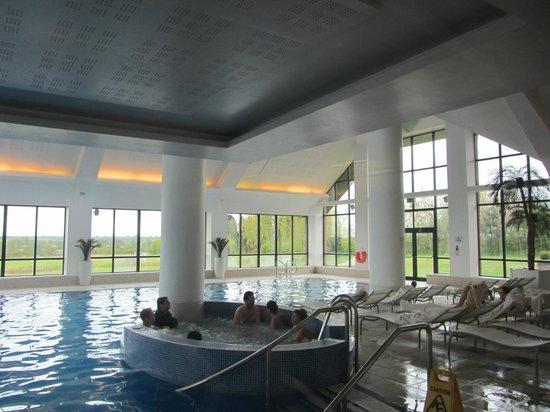 Champneys Springs Health Resort: Swimming Pool/Jacuzzi