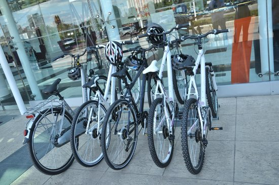 Hilton Sofia : Free bicycles to rent during the summer