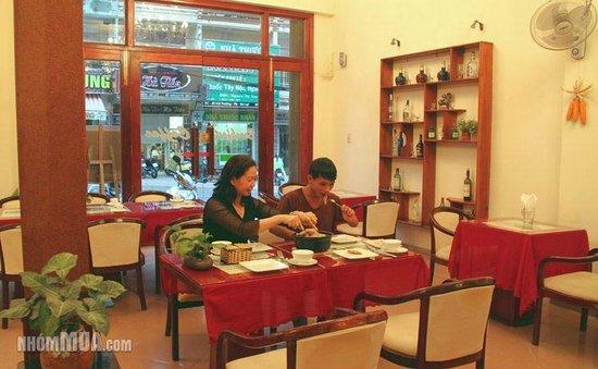 Tulip Xanh Dalat Hotel: Dining
