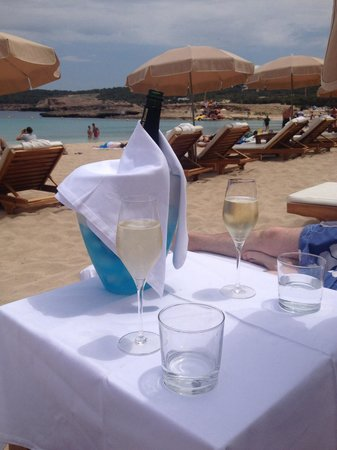 Cala Bassa Beach Club: Exceptional service