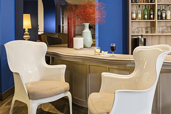 Matisse Hotel: Bar