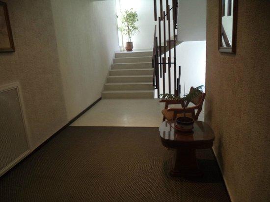 Hotel InterContinental : Acceso escaleras