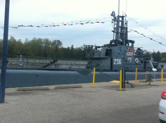 USS Silversides Submarine Museum: SUBMARINE