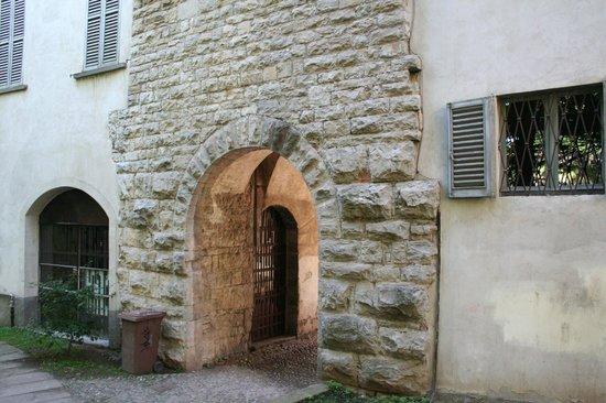 Cittadella di Bergamo: porta