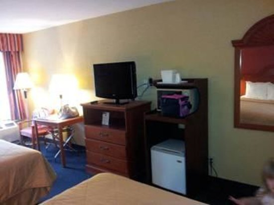 Comfort Inn: Queen Room