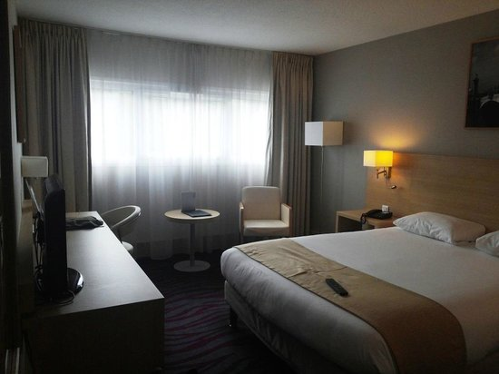 BEST WESTERN Paris CDG Airport: Room