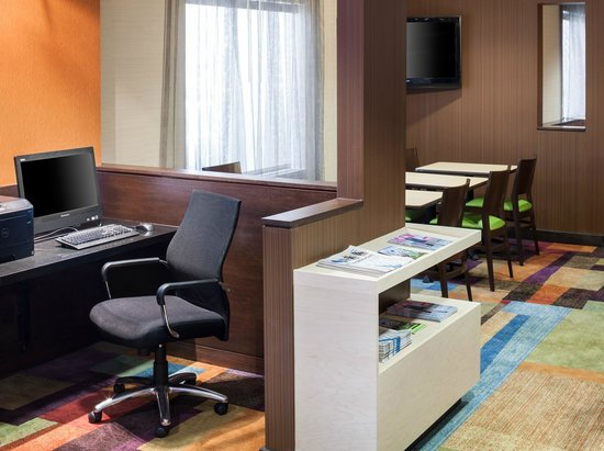 Fairfield Inn Santa Clarita Valencia : Business Center
