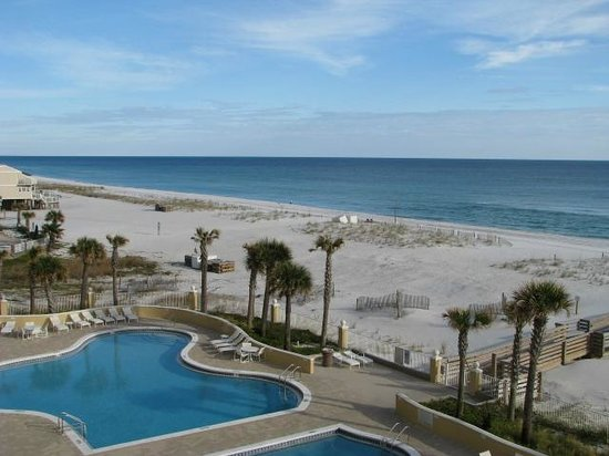 Emerald Isle: Outdoor pools