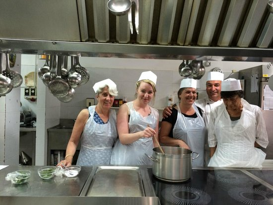 Pausania Inn: Cooking Class