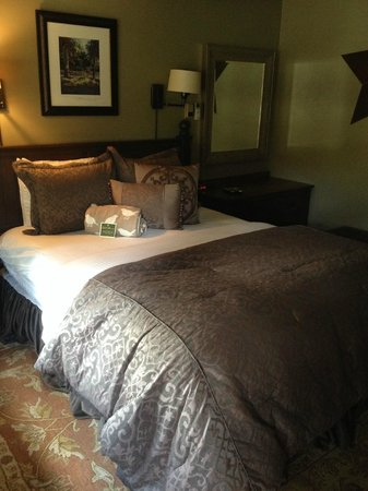 Highland Haven Creekside Inn: A good night's sleep.