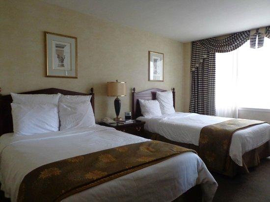 Benson Hotel: Lovely room