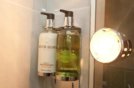 The Crescent Townhouse: Molton Brown Toiletries