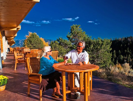 Mount Princeton Hot Springs Resort: Cliffside Rooms have Patios