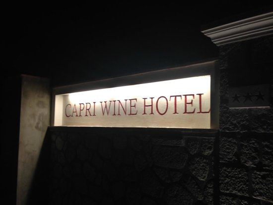 Capri Wine Hotel: Entrance