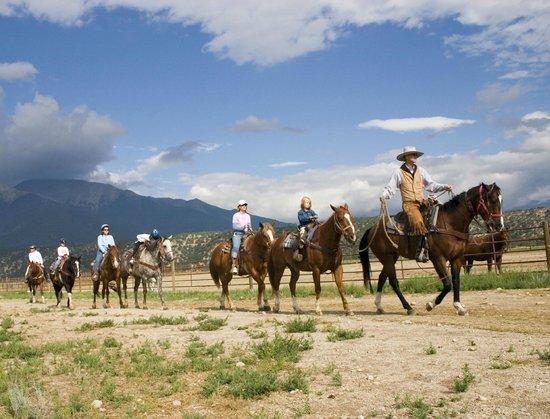 Mount Princeton Hot Springs Resort : Horseback Riding at Mount Princeton Hot Springs Stables