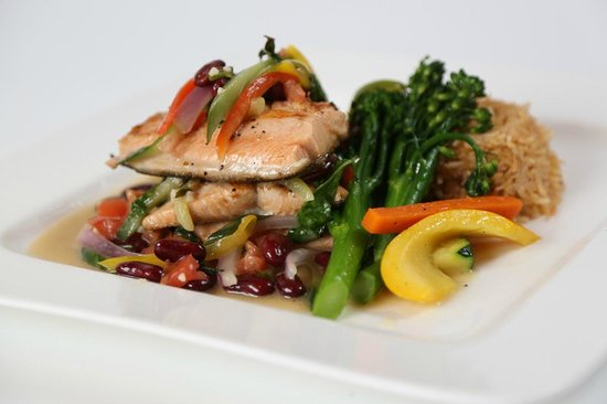 The Lake Grill Restaurant: Pansear Rainbow Trout
