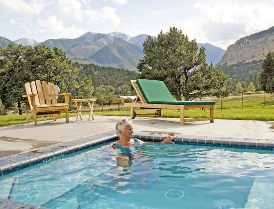 Mount Princeton Hot Springs Resort : Samller Hot Springs with incredible Rocky Mountain views