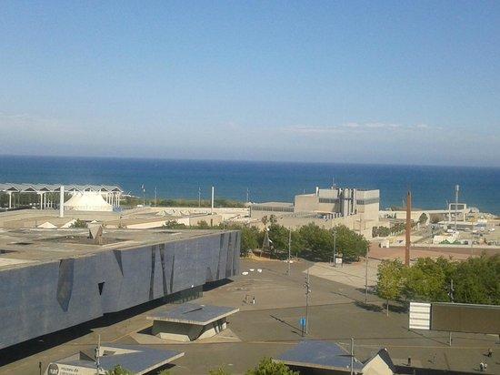 Barcelona Princess: Vista al mar y al museo desde el piso 10.