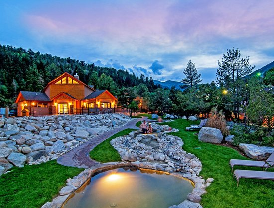 Nathrop, CO : Cascading Hot Springs at the Spa & Club