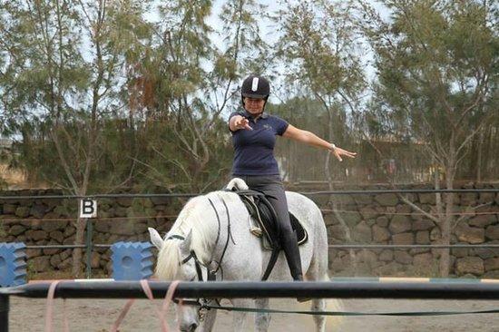 Centro Hípico Los Pinos Verdes: horse riding fuerteventura/lessons los pinos verdes lajares
