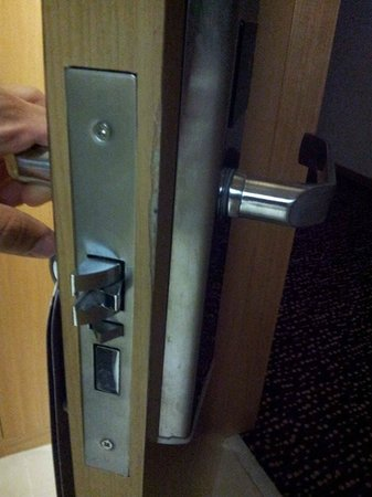 Anemon Konya: Odanın bozuk kapısı