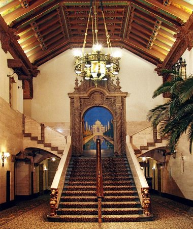 Indiana Repertory Theatre : One of the staircases.