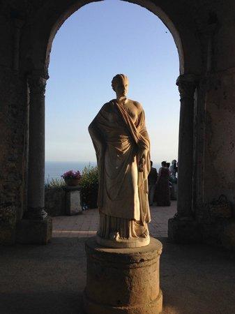 Statua di cerere foto di giardini di villa cimbrone ravello tripadvisor - Giardini di villa cimbrone ...