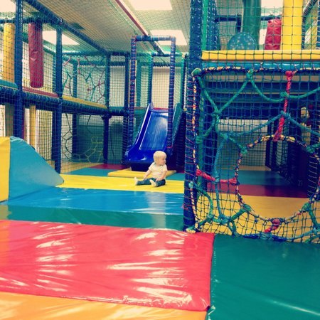 Butlins Skegness Resort: Billy's den soft play area