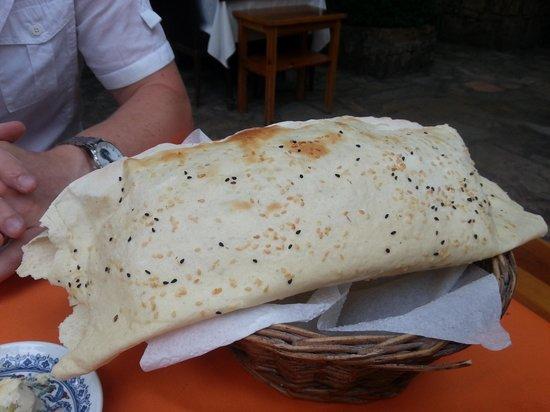 The Secret Garden : Puffy bread